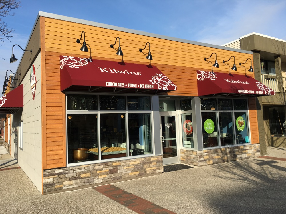 Exterior picture of the Grand Haven store front
