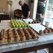A picture of Caramel Apples on display