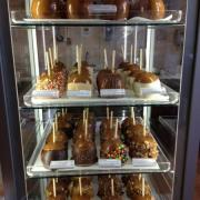 Picture of Caramel Apples on display