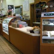 Picture of Lake Geneva store and fudge counter