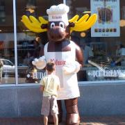 A picture of The Kilwins Moose outside the Portsmouth store front