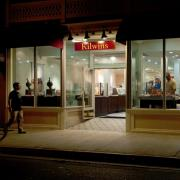 Photo of Kilwins Key West storefront at night
